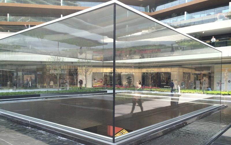 apple-store-istanbul-2