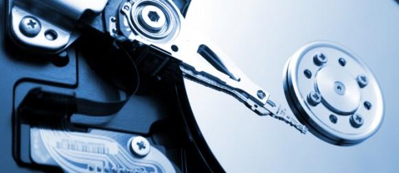 Geçmişten Günümüze Sabit Diskler (1 Ton 5MB Diskten 600 Gr. 6TB Diske)